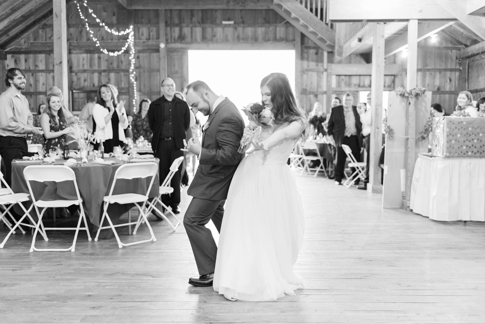 ricciardis-tree-farm-wedding-wadsworth-ohio-lauren-ryan_0161.jpg