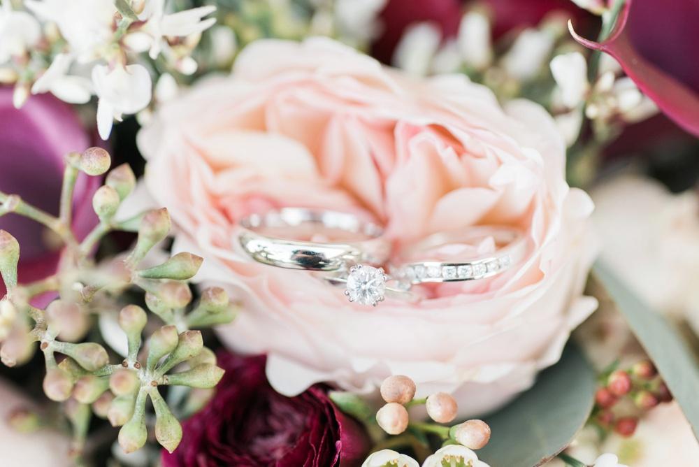 brookshire-delaware-ohio-december-wedding_0008.jpg