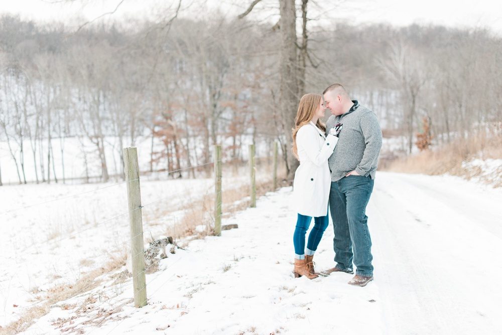 new-concord-ohio-engagement-columbus-ohio-wedding-photographer_0037.jpg