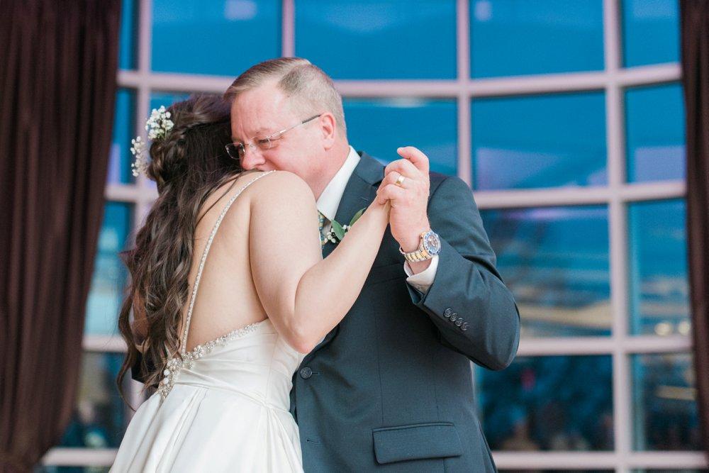creekside-gahanna-ohio-wedding-kristin-joe_0113.jpg