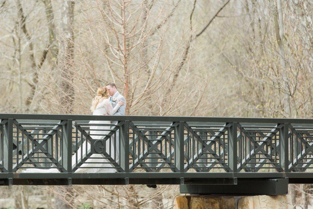 creekside-gahanna-ohio-wedding-melissa-matt_0026.jpg