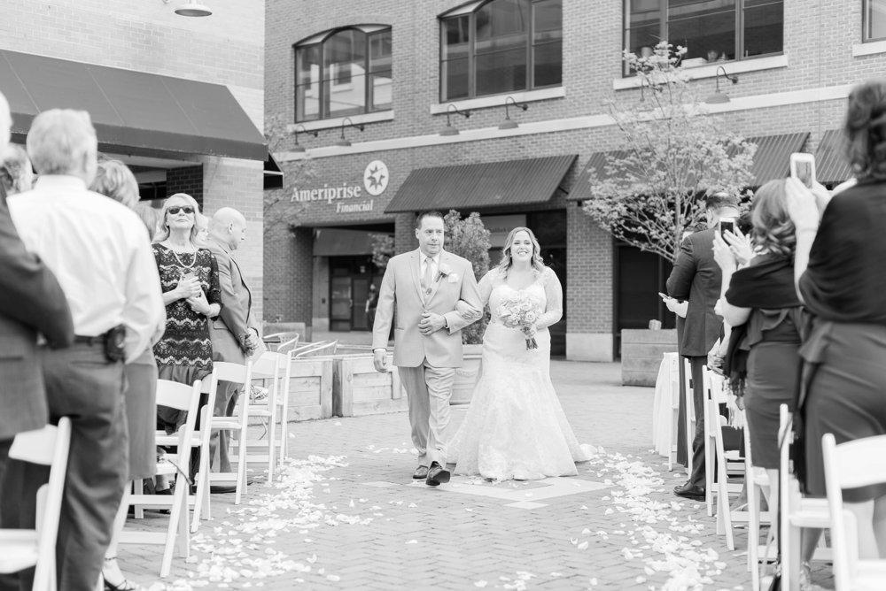 creekside-gahanna-ohio-wedding-melissa-matt_0072.jpg