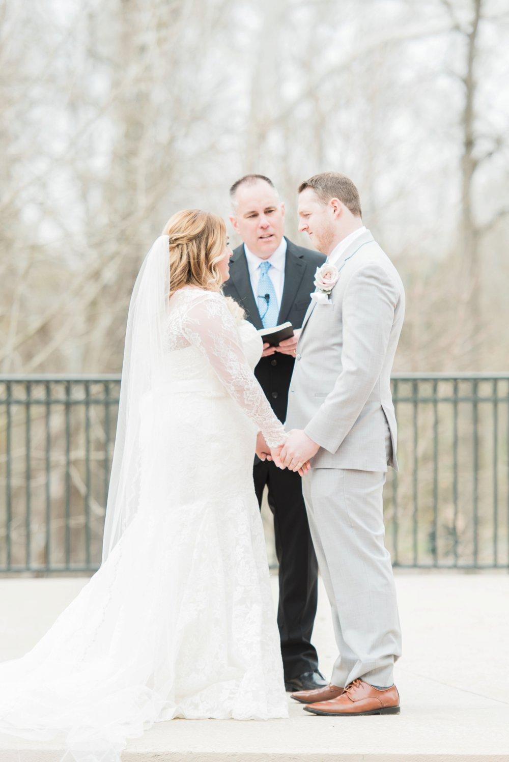 creekside-gahanna-ohio-wedding-melissa-matt_0075.jpg