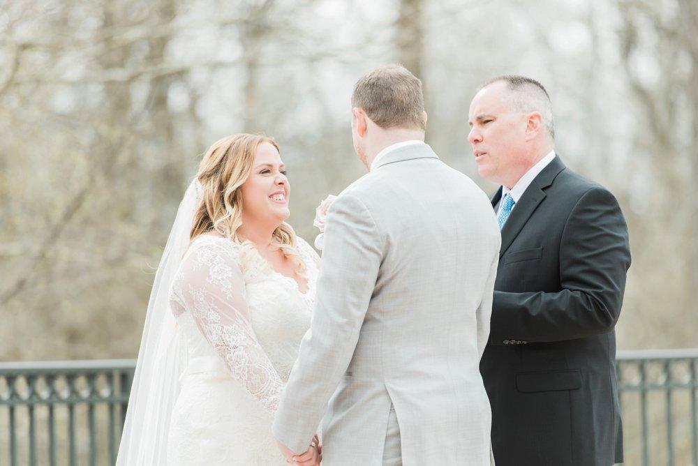 creekside-gahanna-ohio-wedding-melissa-matt_0076.jpg