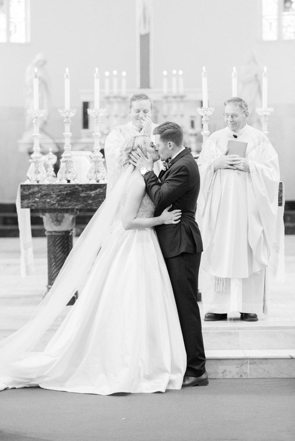 shawnee-lodge-state-park-wedding-portsmouth-ohio_0054.jpg
