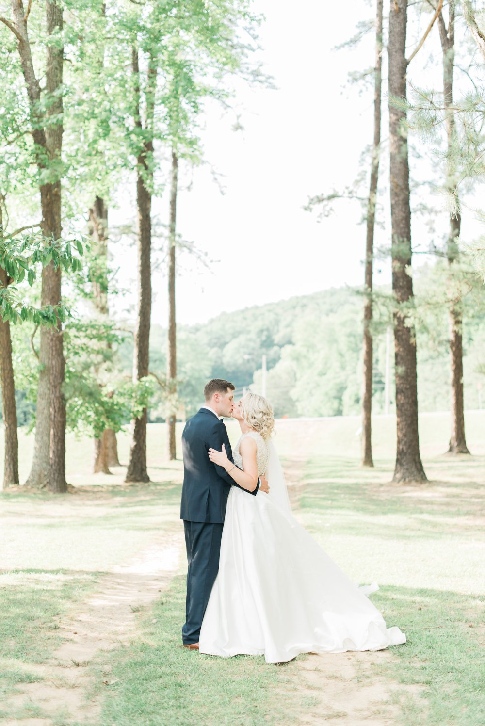 shawnee-lodge-state-park-wedding-portsmouth-ohio_0087.jpg