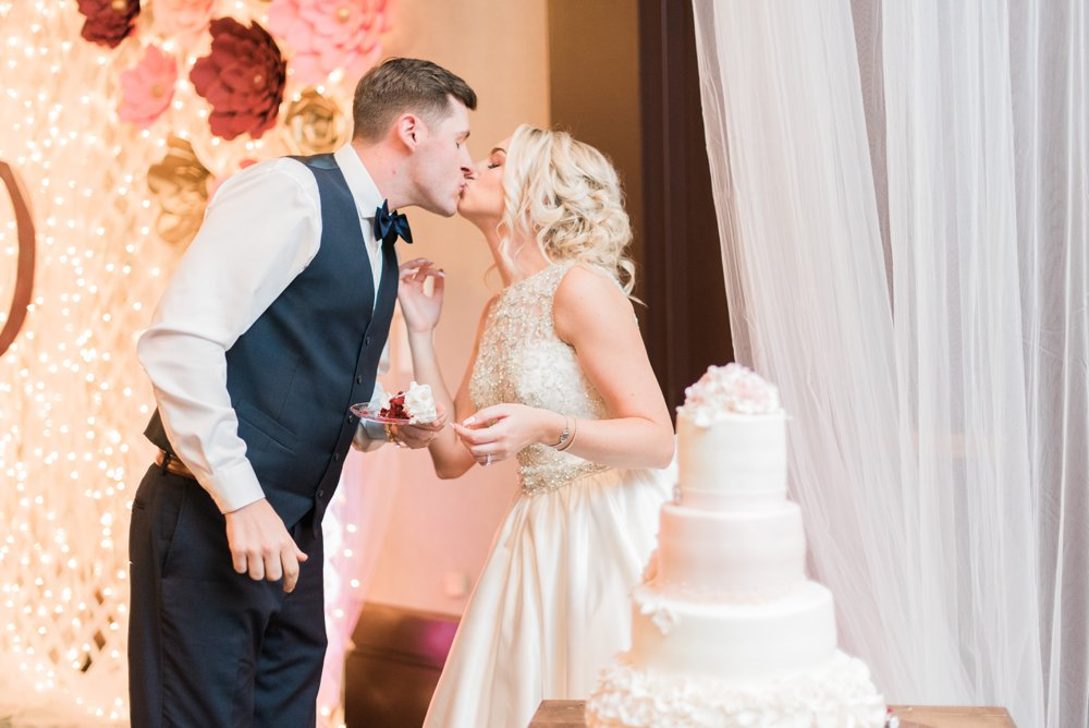 shawnee-lodge-state-park-wedding-portsmouth-ohio_0104.jpg