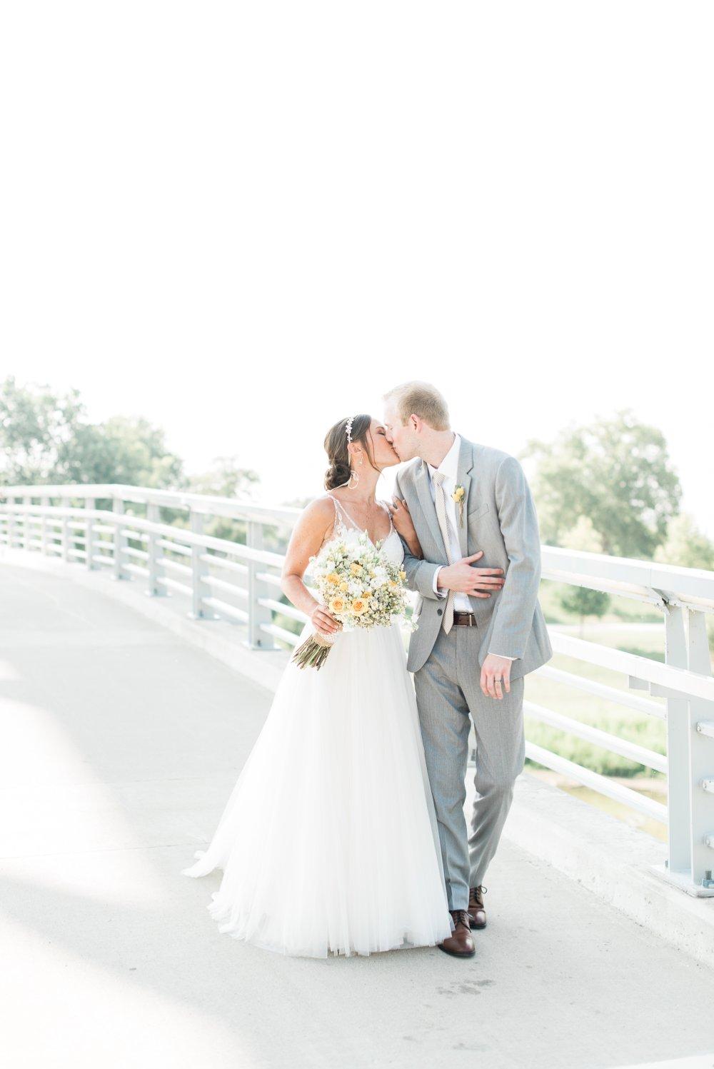 grange-insurance-center-scioto-audubon-wedding-columbus-ohio_0079.jpg