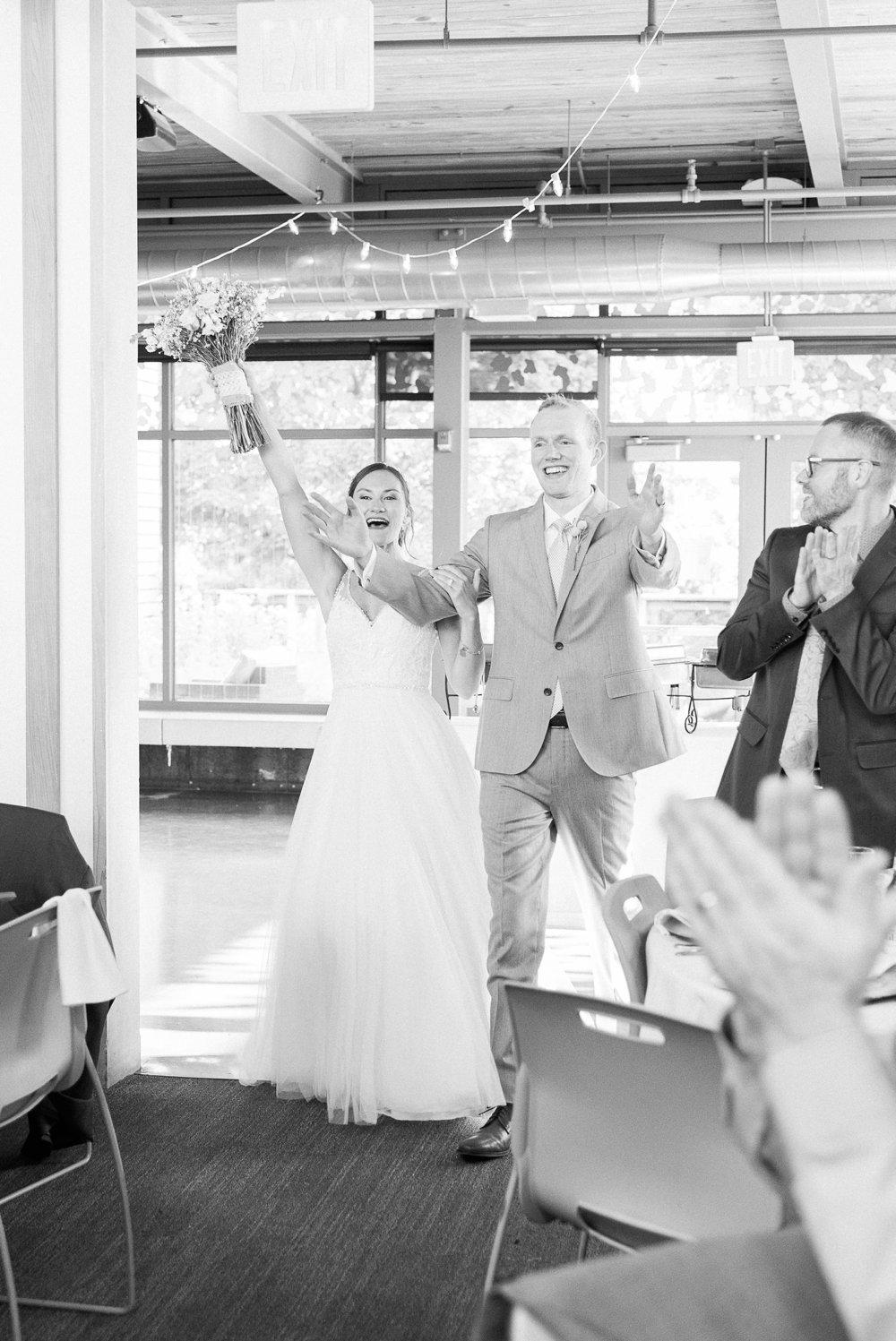 grange-insurance-center-scioto-audubon-wedding-columbus-ohio_0102.jpg