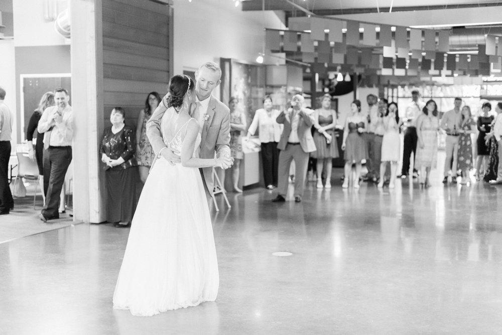 grange-insurance-center-scioto-audubon-wedding-columbus-ohio_0120.jpg
