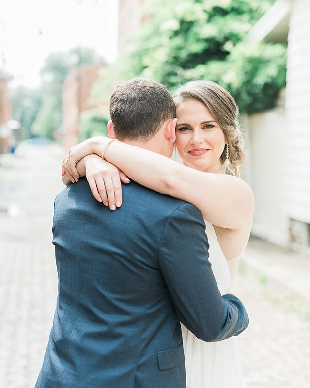 My heart is basically exploding as I look through photos from Saturday 😍 Arielle and Sebastian are married and it was the best day!! Loved working alongside their amazing vendor team:  Planning and coordination: @perfectlyplanned_weddings Venue: @highlinecarhouse Florals: @prema_designs Hair & Makeup: @thebridebar Dress: @bhldn