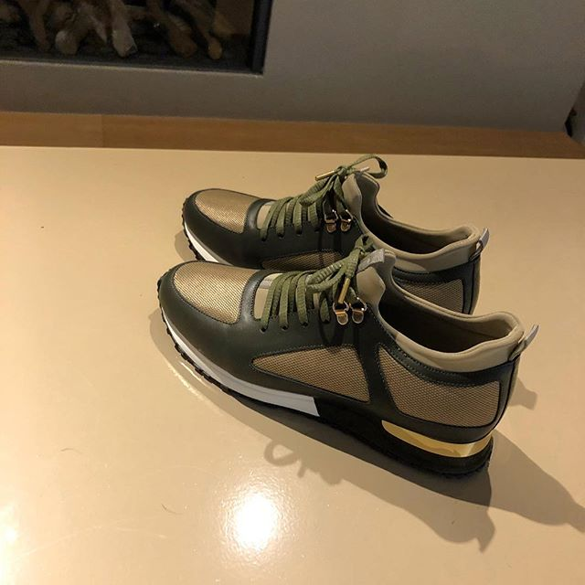 Sold, dit noem ik nou dikke sneakers 😍 #sneakers #shoes #hasselt #shoeporn #fashionformen #mensstyle #belgium