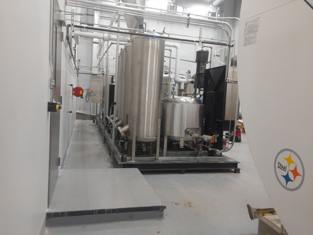 NB processor and methylate tank in new processing room.jpg