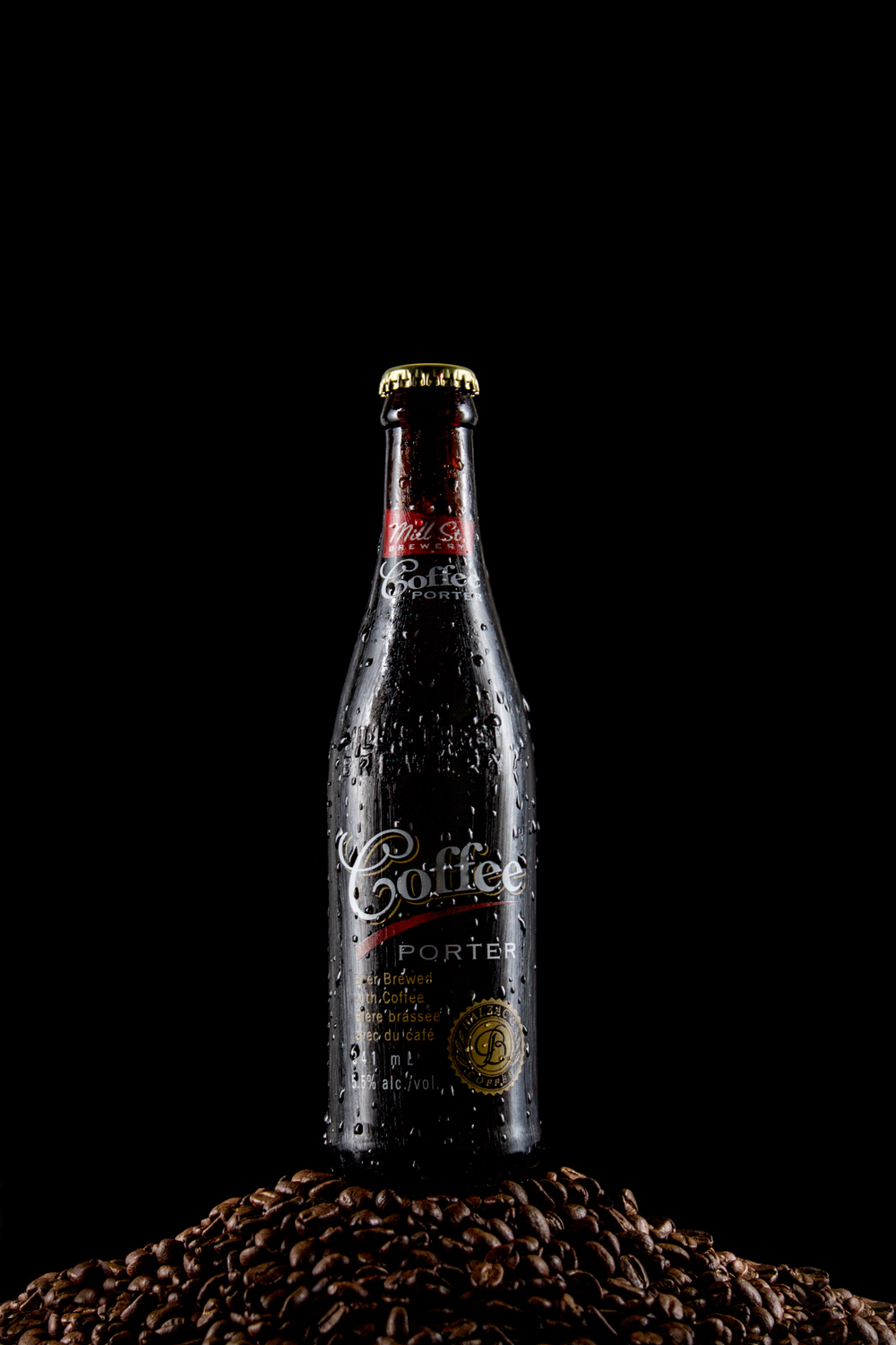 Brooke-Rosales-Calgary-Photography-Product-Beer.jpg