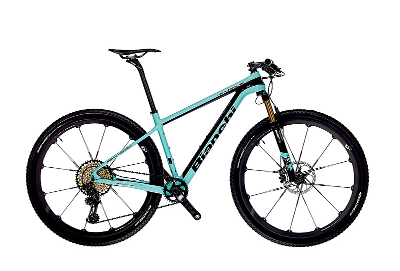 "Bianchi Methanol CV 29.1   The Methanol CV 29"" is your race ready mountain bike boasting a full carbon frame with vibration dampening Countervail, 1.5"" tapered head tube, carbon dropouts, 12x148 BOOST Shimano QR axle, internal cable routing- Di2 compatibility."