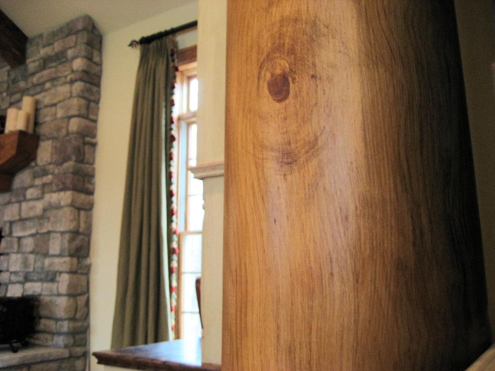 Faux bois column