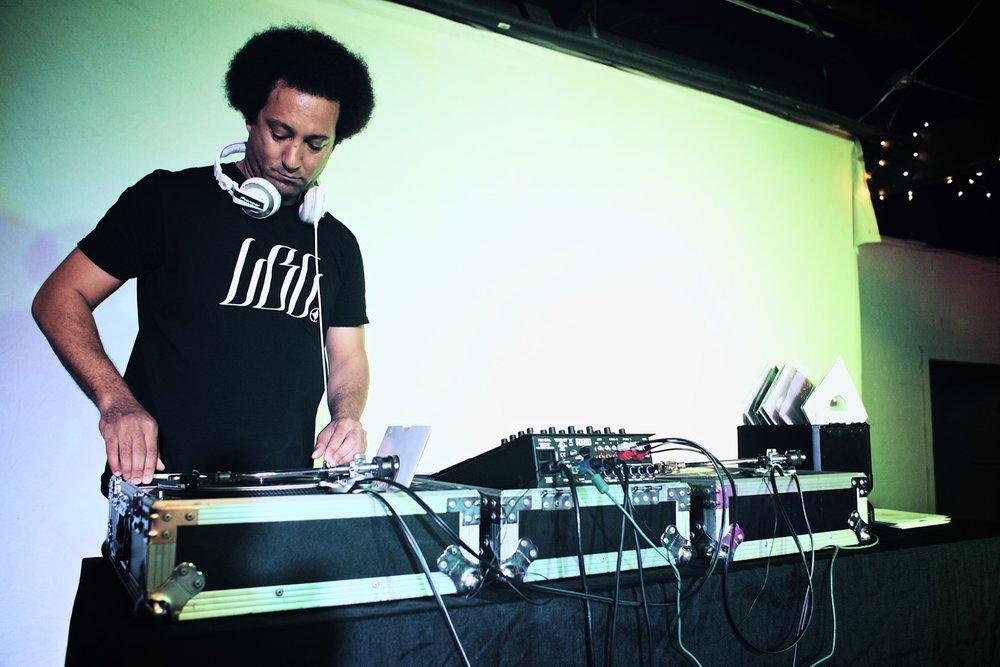 DJ Dennis Owens