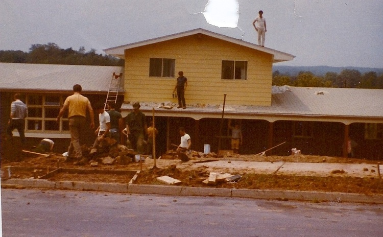 The+HOUSE.jpg