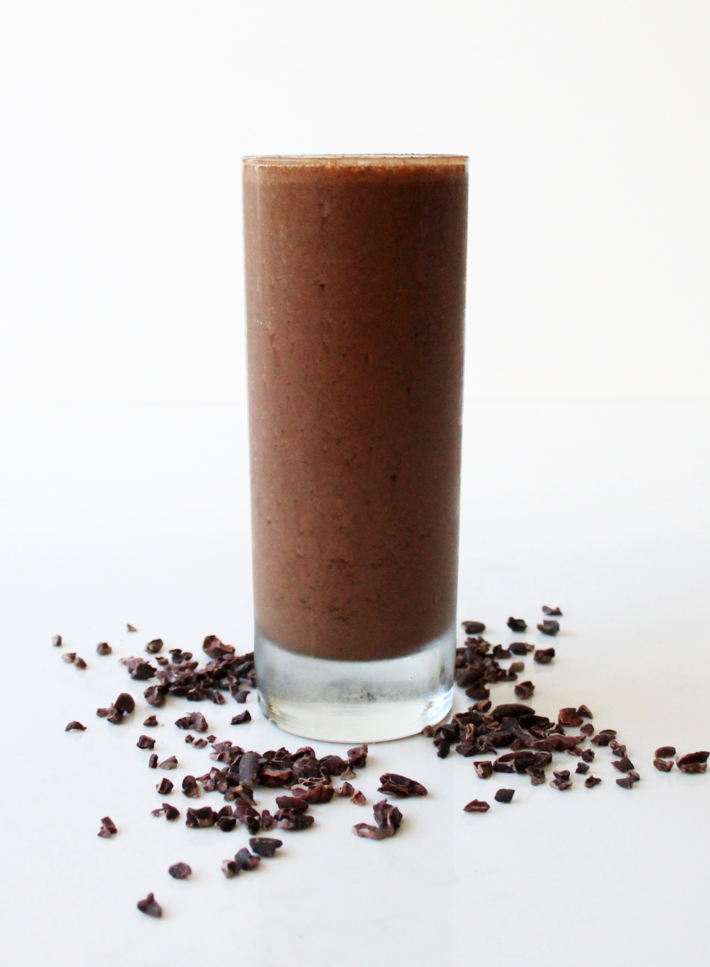 Cacao Chip This cacao and maca based smoothie has hints of chocolate, cinnamon, and cayenne that give this frappuccino-like drink a sophisticated flair. --- cacao, maca, nibs, vegan chocolate chip, almond butter, agave, cinnamon, cayenne, banana, coconut milk