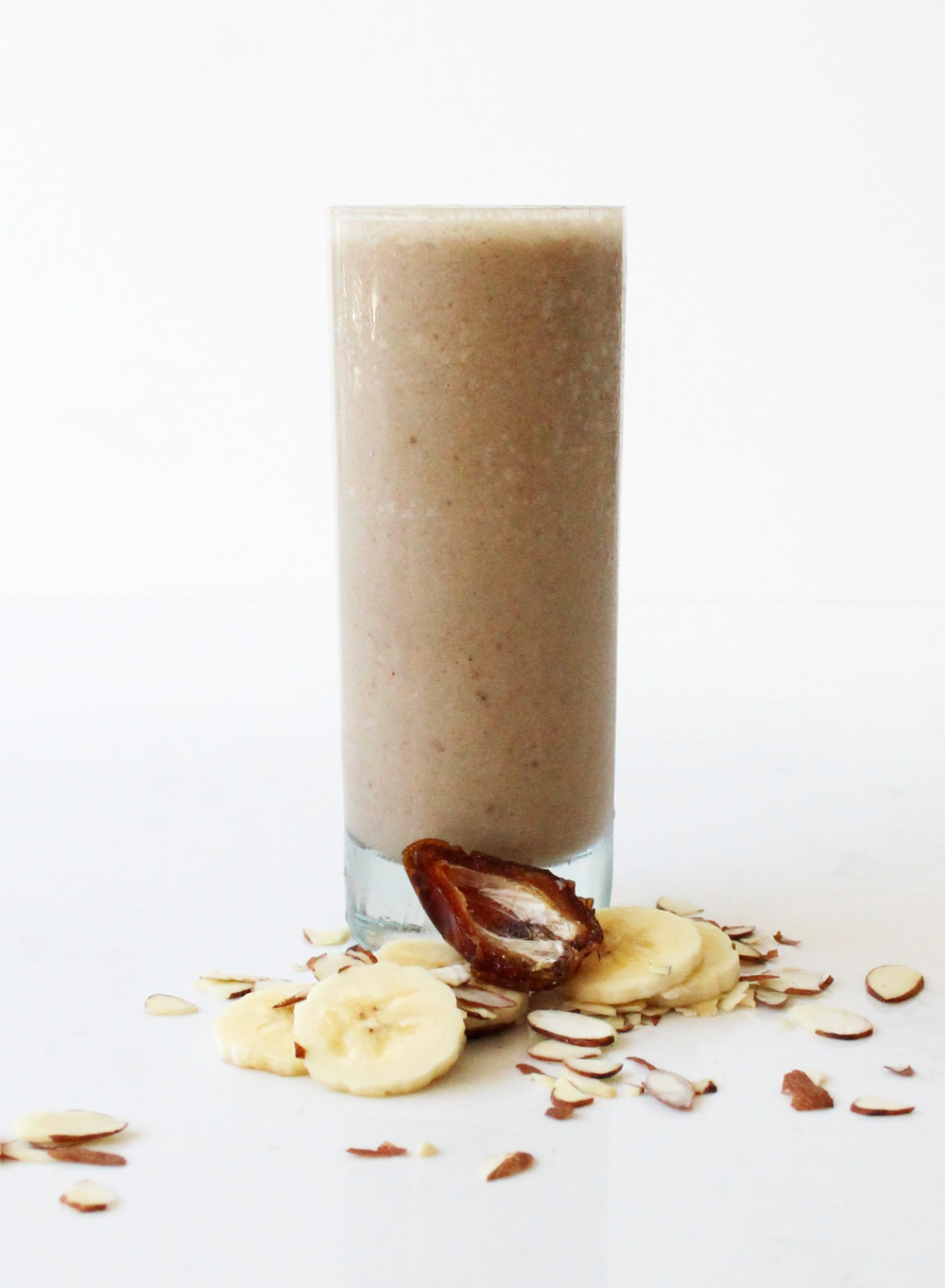 Just Like A Date Just Like a Date is a dreamy concoction of dates, maca, almond butter, bananas, vanilla, and cashew milk. This decadent mix of flavors is nothing short of pure sweet bliss. --- date, banana, maca, almond butter, agave, vanilla extract, cinnamon, vanilla cashew milk