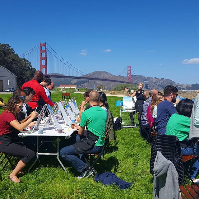 #Throwback to our #picnic #paint and #wine #workshop - what a #view! Crystal blue sky and perfect #view of the Golden Gate!! #bluesky #goldengatebridge #teambuilding #pleinair #painting #sf #beyondcanvas #crissyfield #sf #sanfrancisco