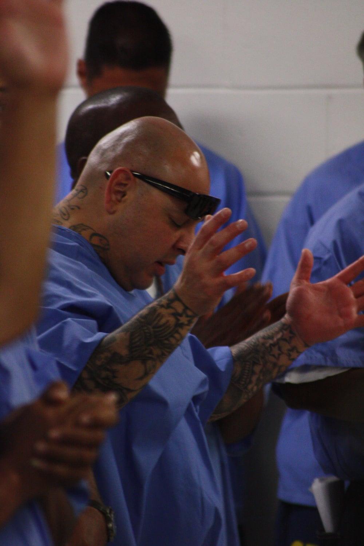 prisoners worship service 2.JPG