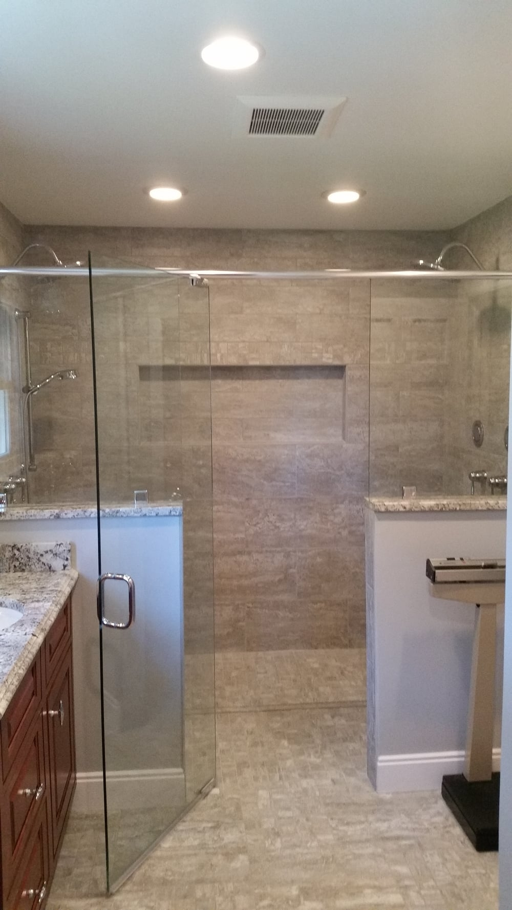 Nowlin Master Bath New Look (3).jpg