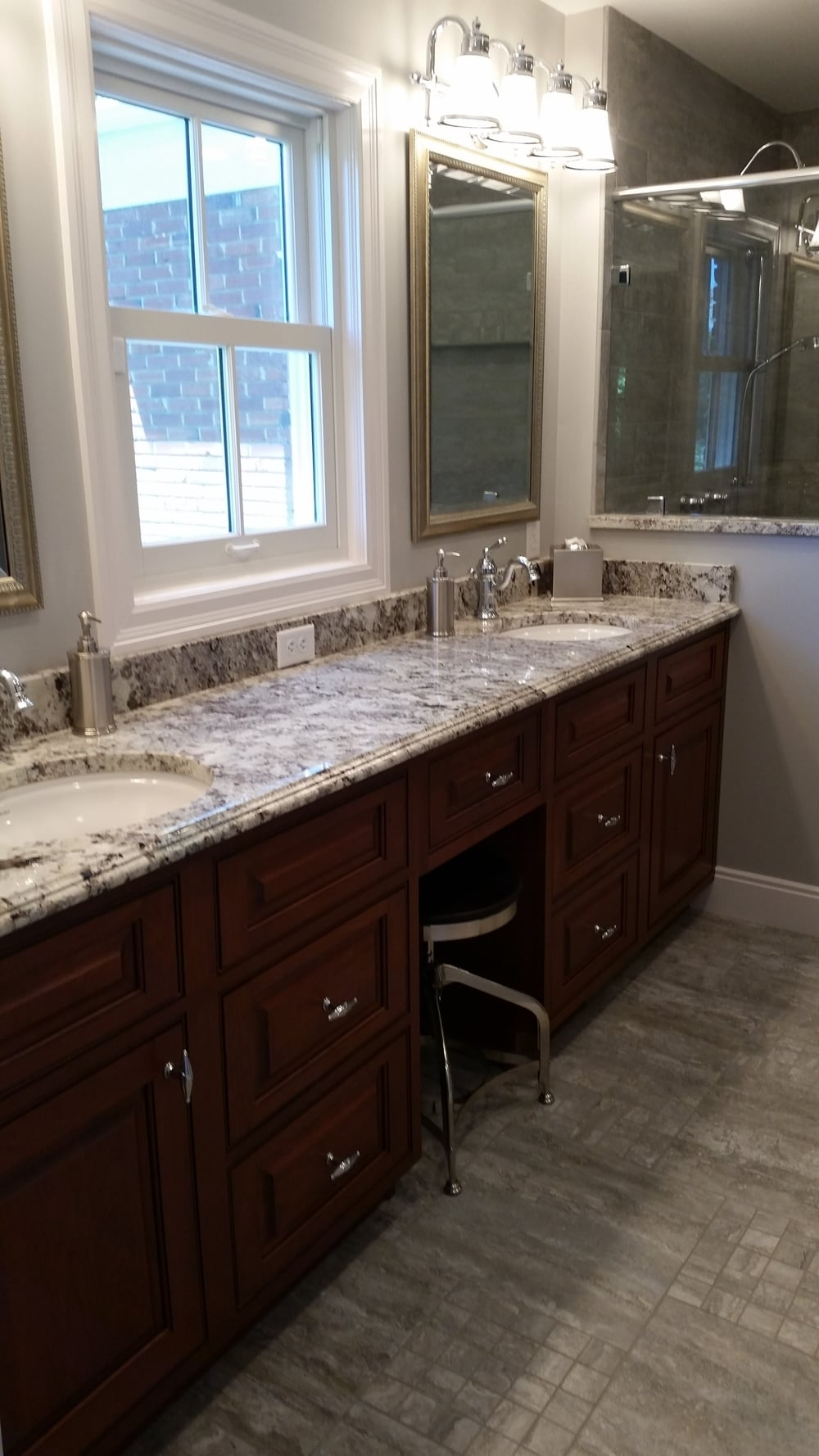Nowlin Master Bath New Look.jpg