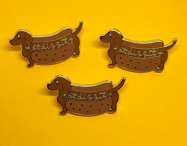 Hot diggity, is it Monday already? Pick up our new Hot Diggity Dog pin in the shop! 🌭