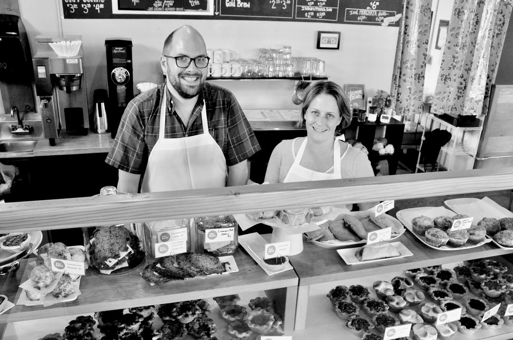 Charles Osborn and Jessica Woods |  The Pie Spot  in the Ocean.