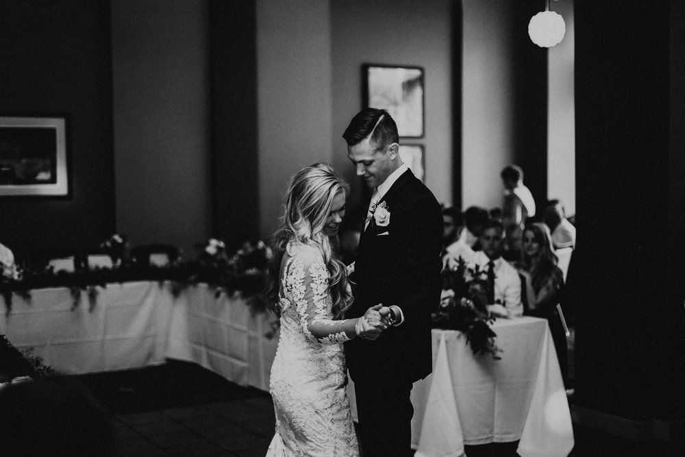 Rachel Wakefield _Pieper Omaha Wedding-572.jpg