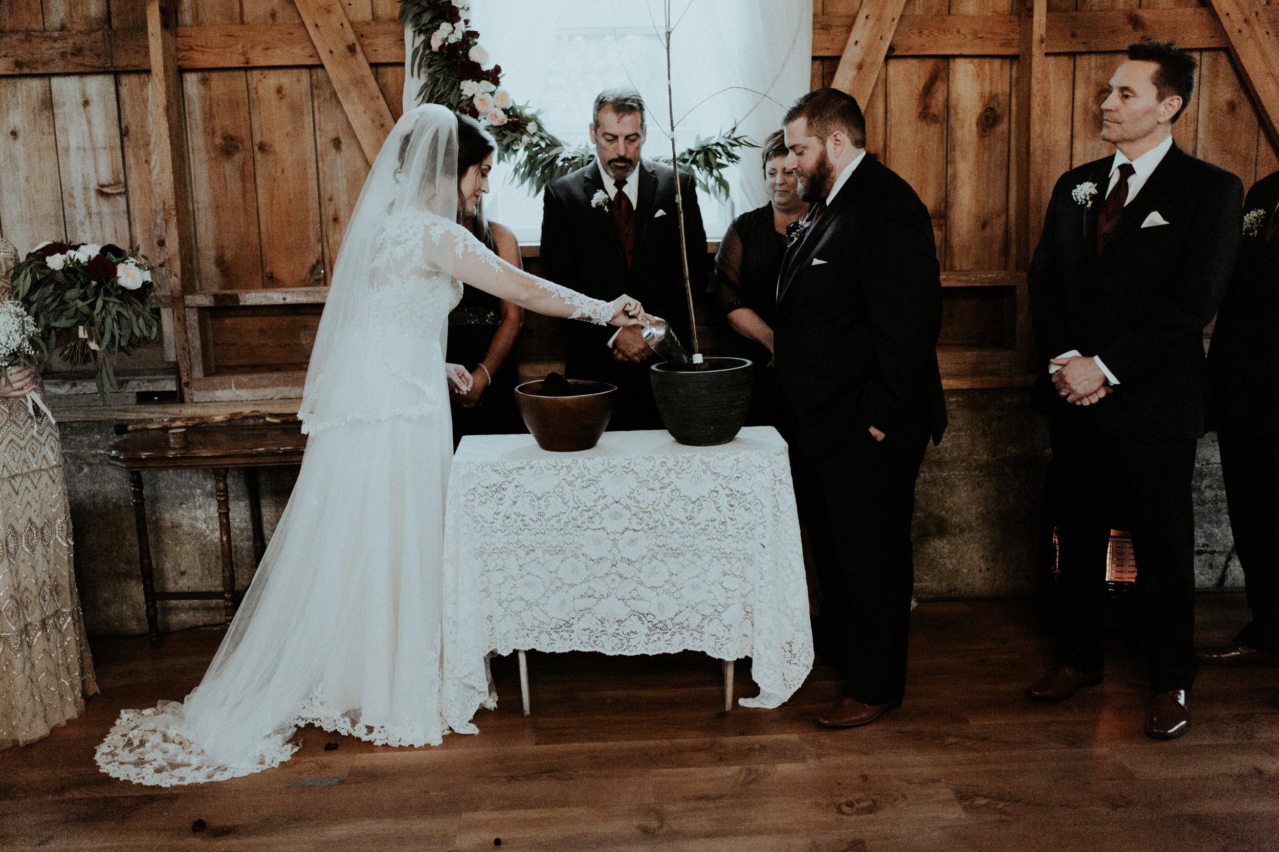 TIA x CODY | MADISON WISCONSIN WEDDING PHOTOGRAPHY x Sugarland ...