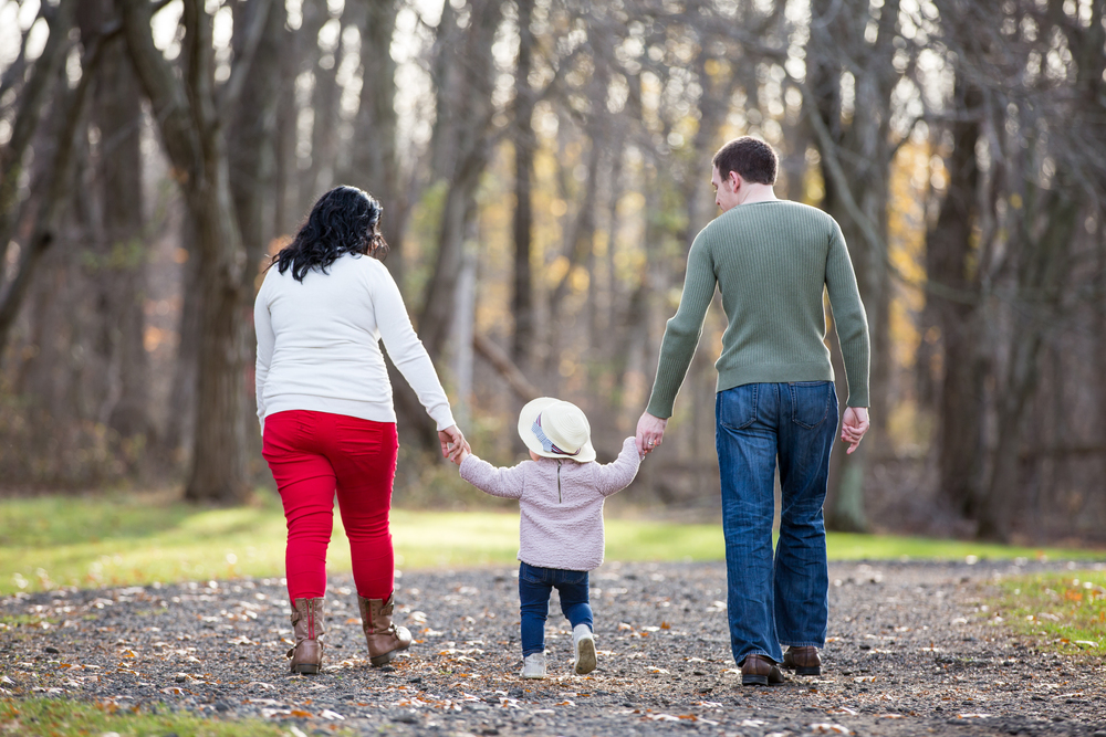 3- William Hendra Photography Nemeth Family Thompson Park.jpg