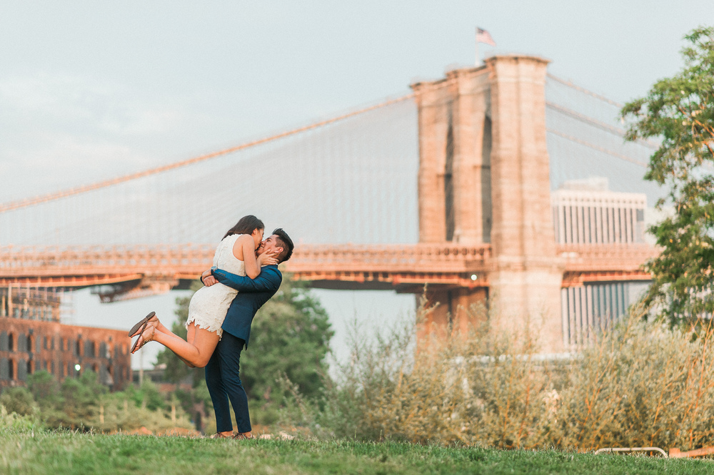 WRH Photography Brooklyn Bridge Engagement-16.jpg