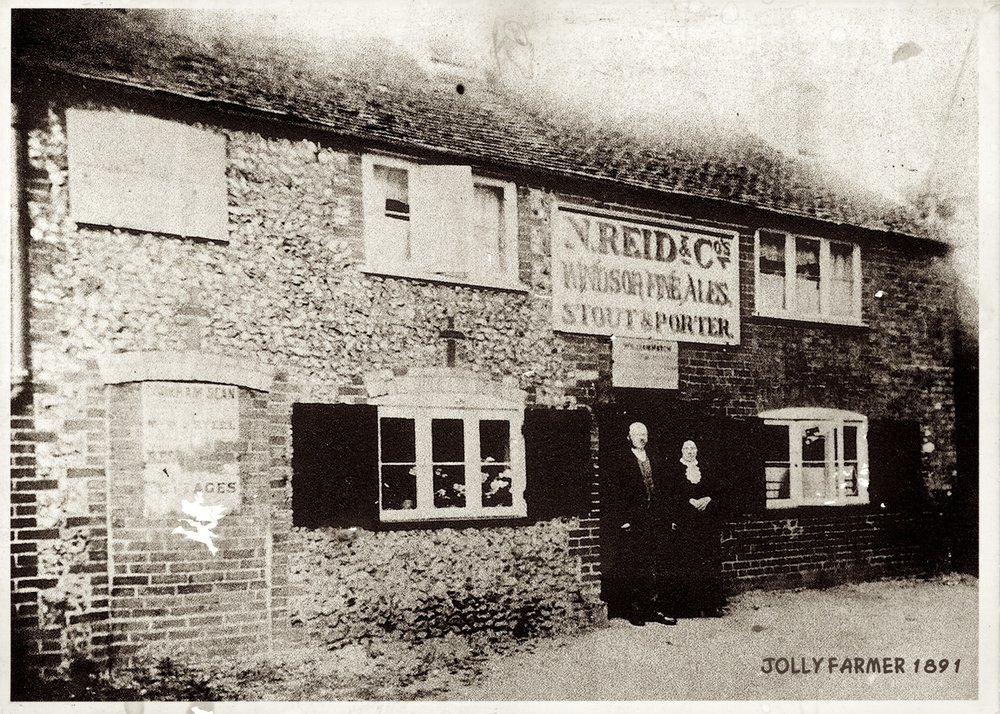The pub in 1891 with landlord William 'Buffer' Hatch and his wife.  The blocked up door on the left shows that it was originally two small cottages.