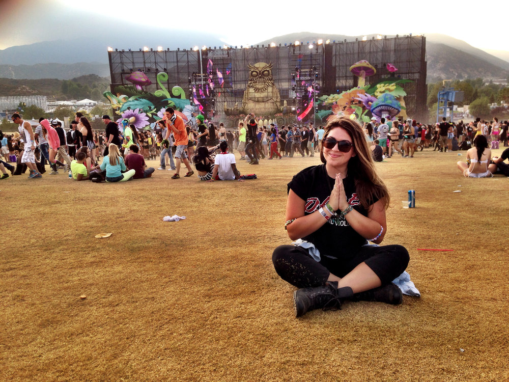 My days as a Music Journalist with peace love EDM