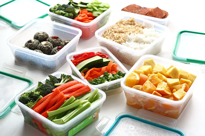 Meal-Prepping-For-Healthy-Lunches-on-the-Go-10-Edited-680x453.jpg
