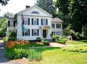 The Scranton Seahorse Inn is charming and a quick walk from the shop!