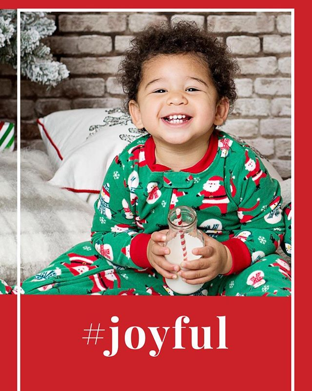 'Tis the season to be joyful 🎄#michellealbrightphotography #modernkidsphotography #photographyforawesomepeople #joyful