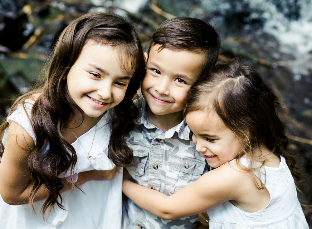 Chilliwack Family and Children Photographer offering storytelling sessions in Abbotsford, Chilliwack, Langley and Mission.