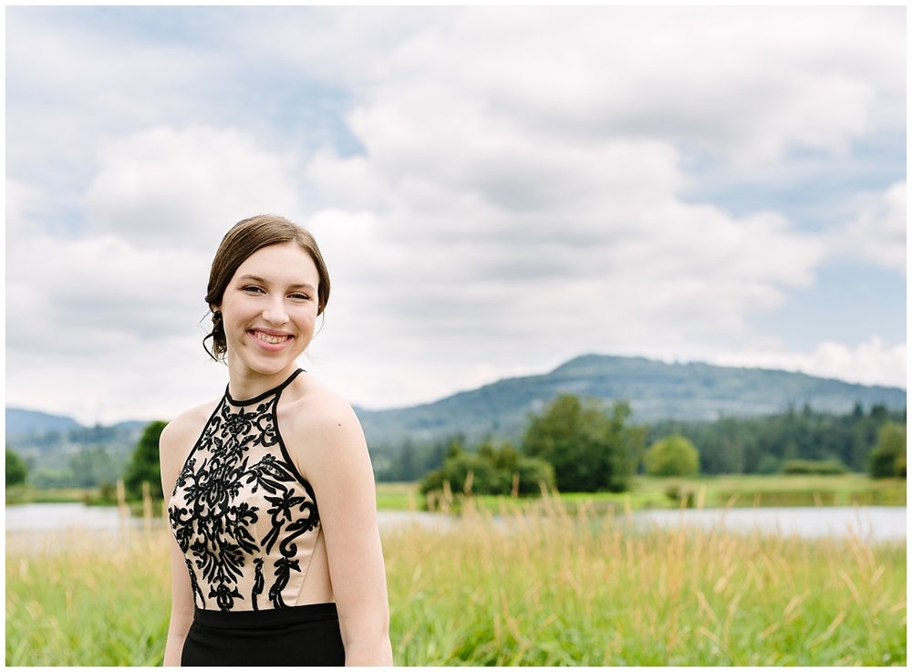 abbotsford-british-columbia- prom photographer- graduation-photographs-claudia-wyler-photography