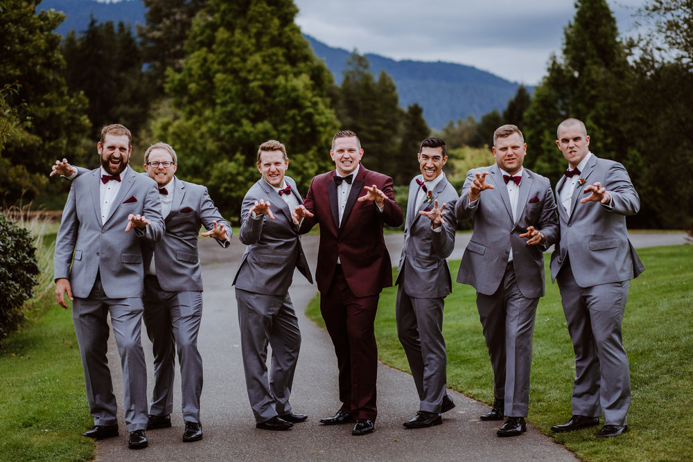 Groom and Groomsmen at Swaneset Golf and Country Club