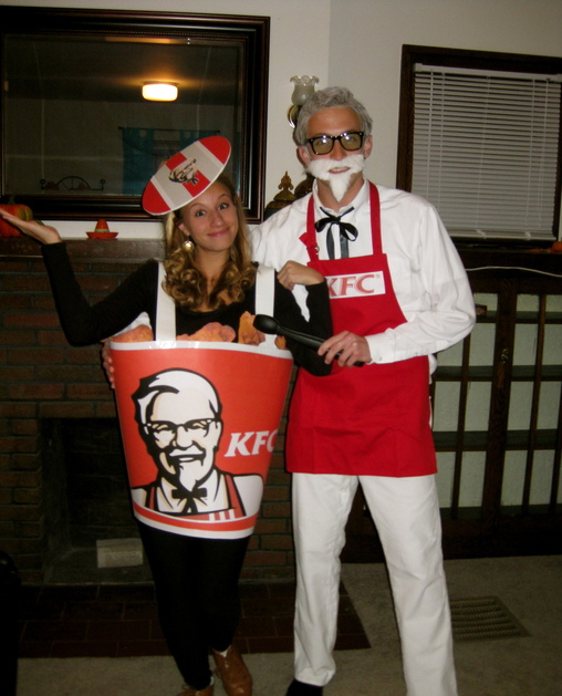 kfc colonel a bucket of fried chicken
