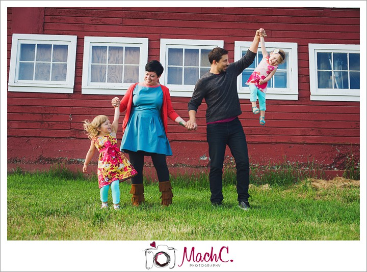 MachC Photography Fairbanks Photographer happy fun family pictures 15Kurber13Jul_WEB
