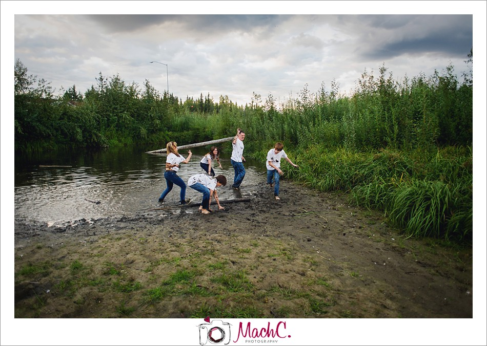 fun family photoshoot in Fairbanks, Alaska - fairbanks photography