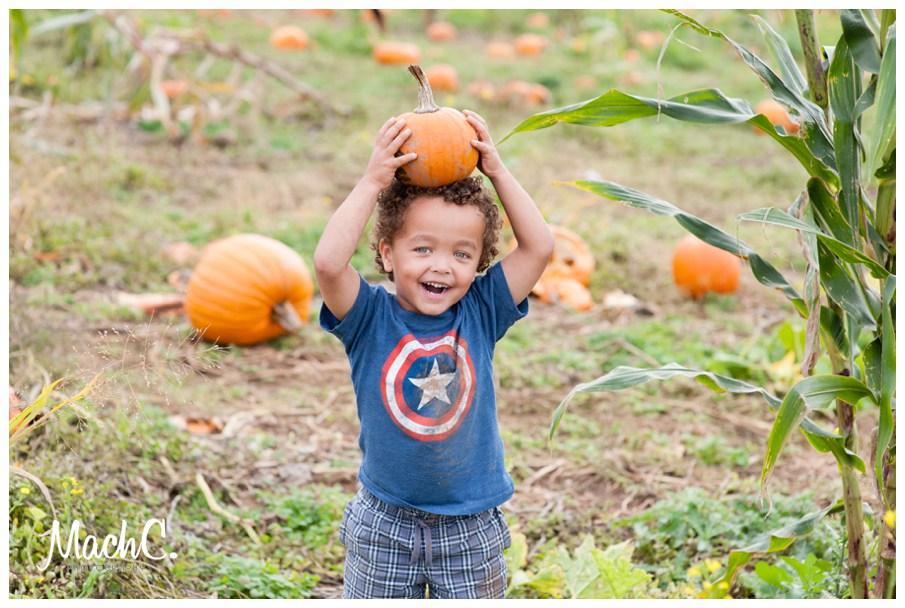 Look Ma! A pumpkin!
