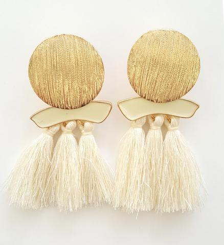 Lizzie_Earrings_Cream_large.jpg
