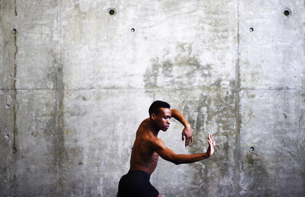 Kendrick Carter of BENNYROYCE DANCE. Photo by Tra To.