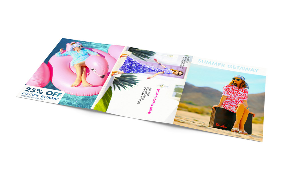 3xA4-Tri-Fold-Brochure-Mock-up-01.jpg