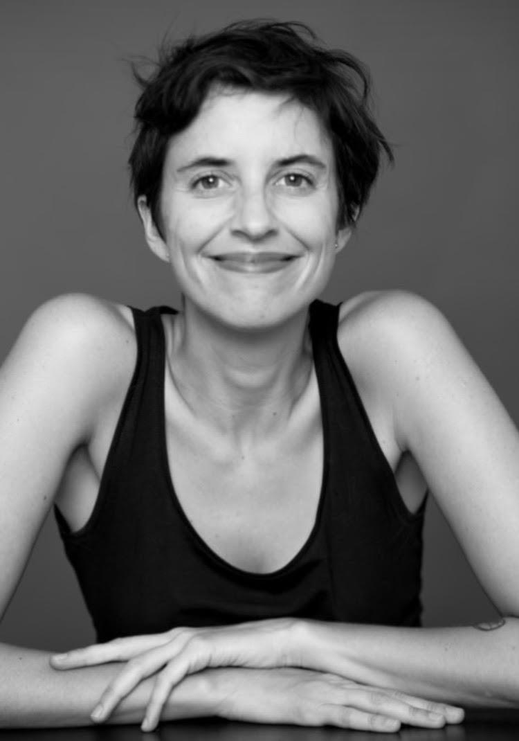 Elisa García Huidobro - Directora.